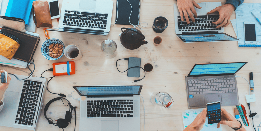 office chair, pen, clock, keyboard
